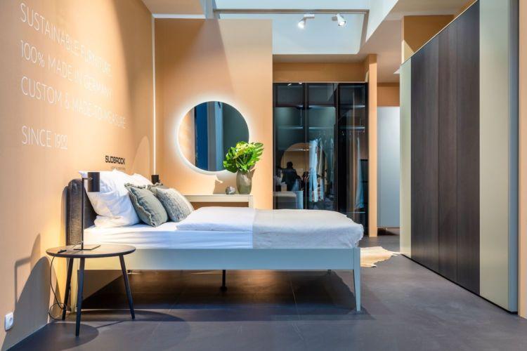 Schlafzimmer Sudbrock Bett Kleiderschrank