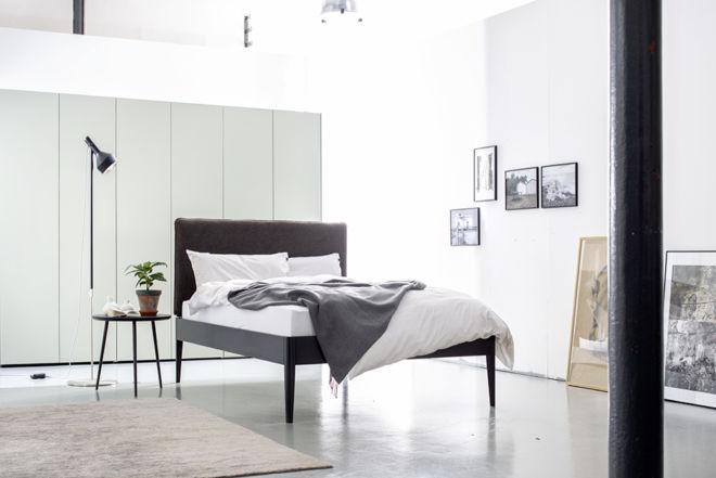 Sudbrock Bett GOYA schlafen Bett Doppelbett Einzelbett Holz schwarz anthrazit massiv Kopfteil gepolstert