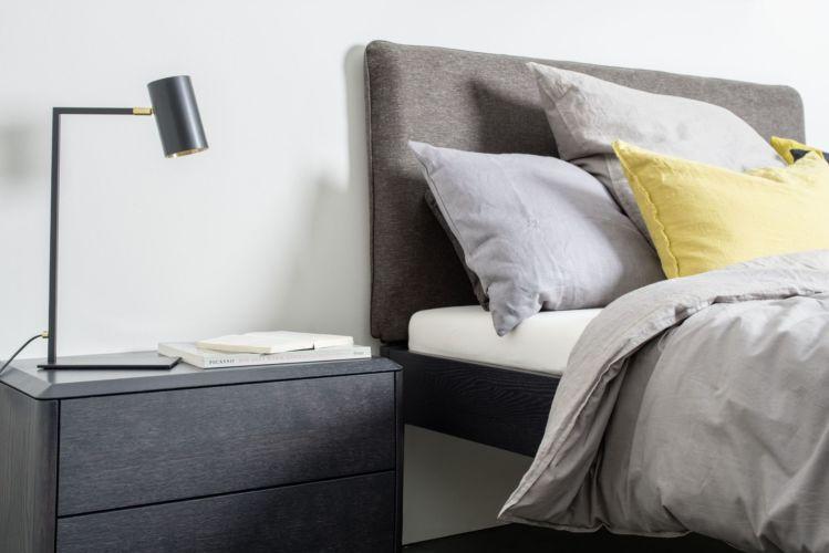 Schlafzimmer Urban Nature GOYA Bett Sudbrock schlafen Doppelbett Einzelbett Nachtkonsole Nachtschränkchen Holz schwarz Eiche