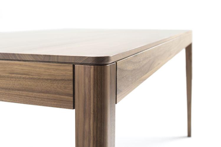 Möbel Esstisch Rundfuß Nussbaum Holztisch GOYA Sudbrock Tisch