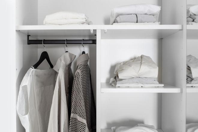 Kleiderschrank MIRIA Schrank weiß Sudbrock Drehtürenschrank Schlafzimmer Kleiderlift Innenspiegel Zubehör Inneneinteilung Innenausstattung T-Einteilung