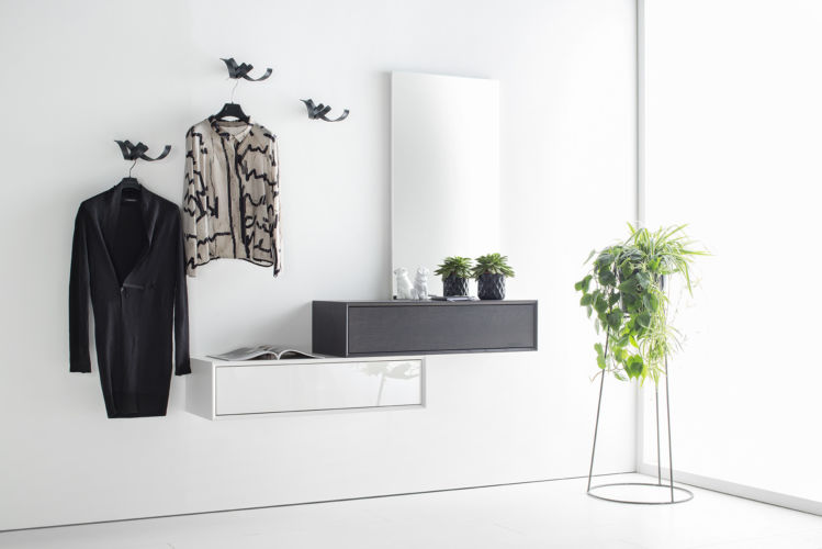 Garderobe Sudbrock MODO Lack Hochglanz Flur Diele Eiche weiß braun schwarz chrom Skulpturhaken Spiegel