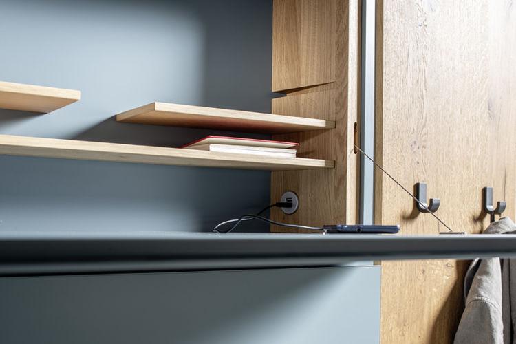 Garderobe Sudbrock TANDO Schuhschrank Eiche Lack blau Flur Diele Garderobenpaneel Ablage Sekretär Seilzug USB-Stecker
