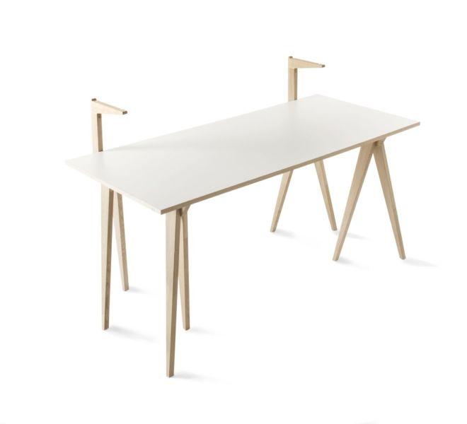 Sudbrock Berliner Bock Design Designelement Schreibtisch freistehend Michael Hilgers weiß Melamin Eiche massiv geölt Rehbock Home Office Büro